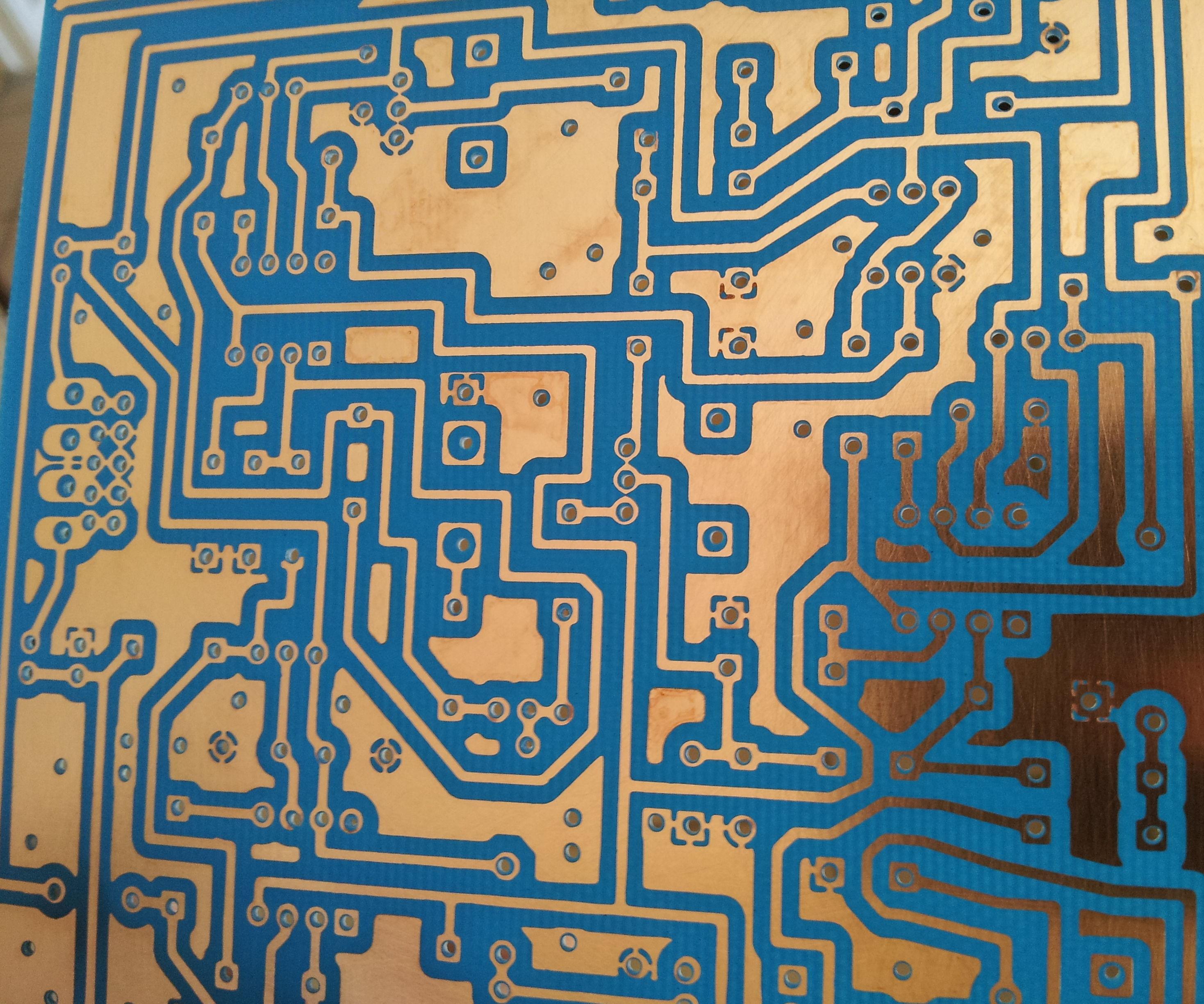 DIY PCB using Liquid Photoresist