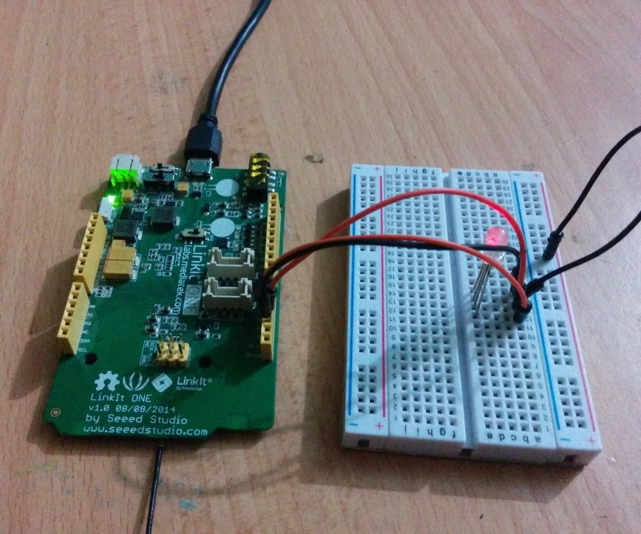 Linkit One and RGB LEDs