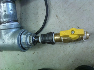 Assembly: Gas Inlet