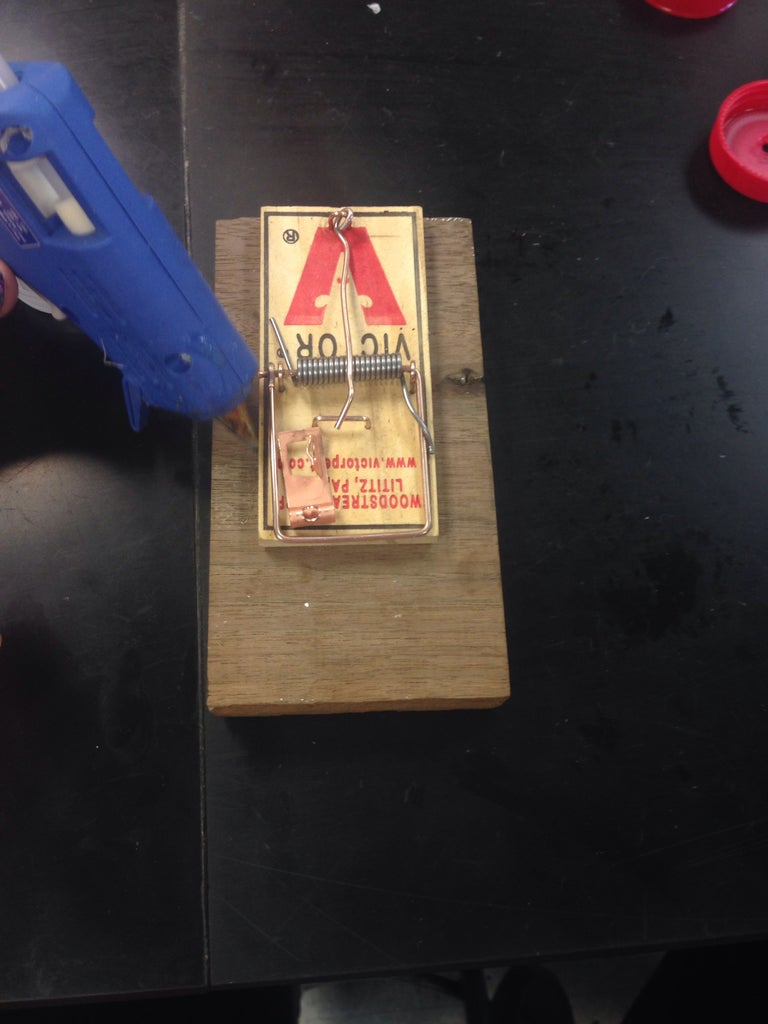Gluing the Mousetrap