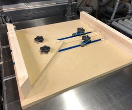 Table Saw Sled With Miter Accessory
