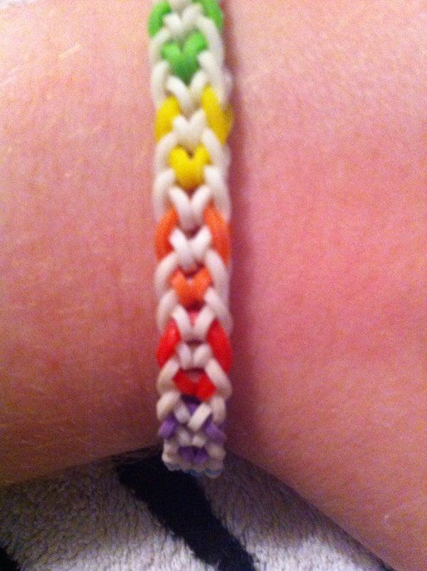 Rainbow Loom Inverted Fish Tail Bracelet
