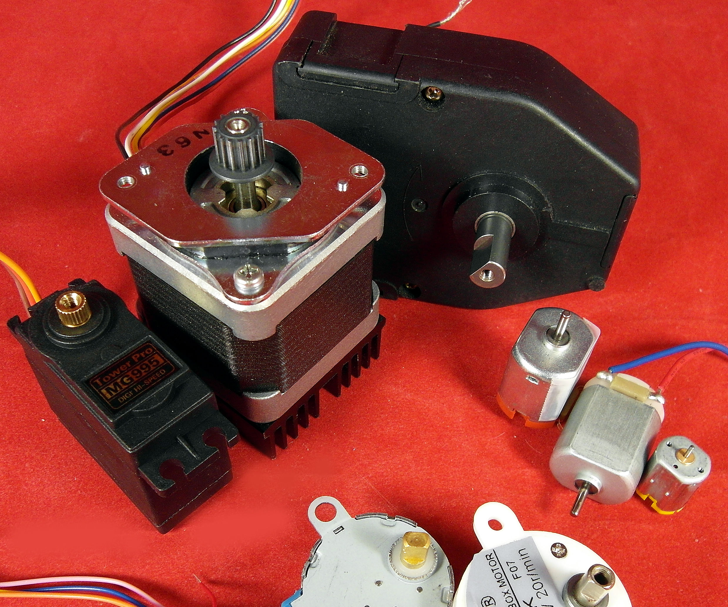 DC Motors-Part 1/3: Continuous, Gear, Servo, Brushless, Vibration, and Stepper, A Tutorial