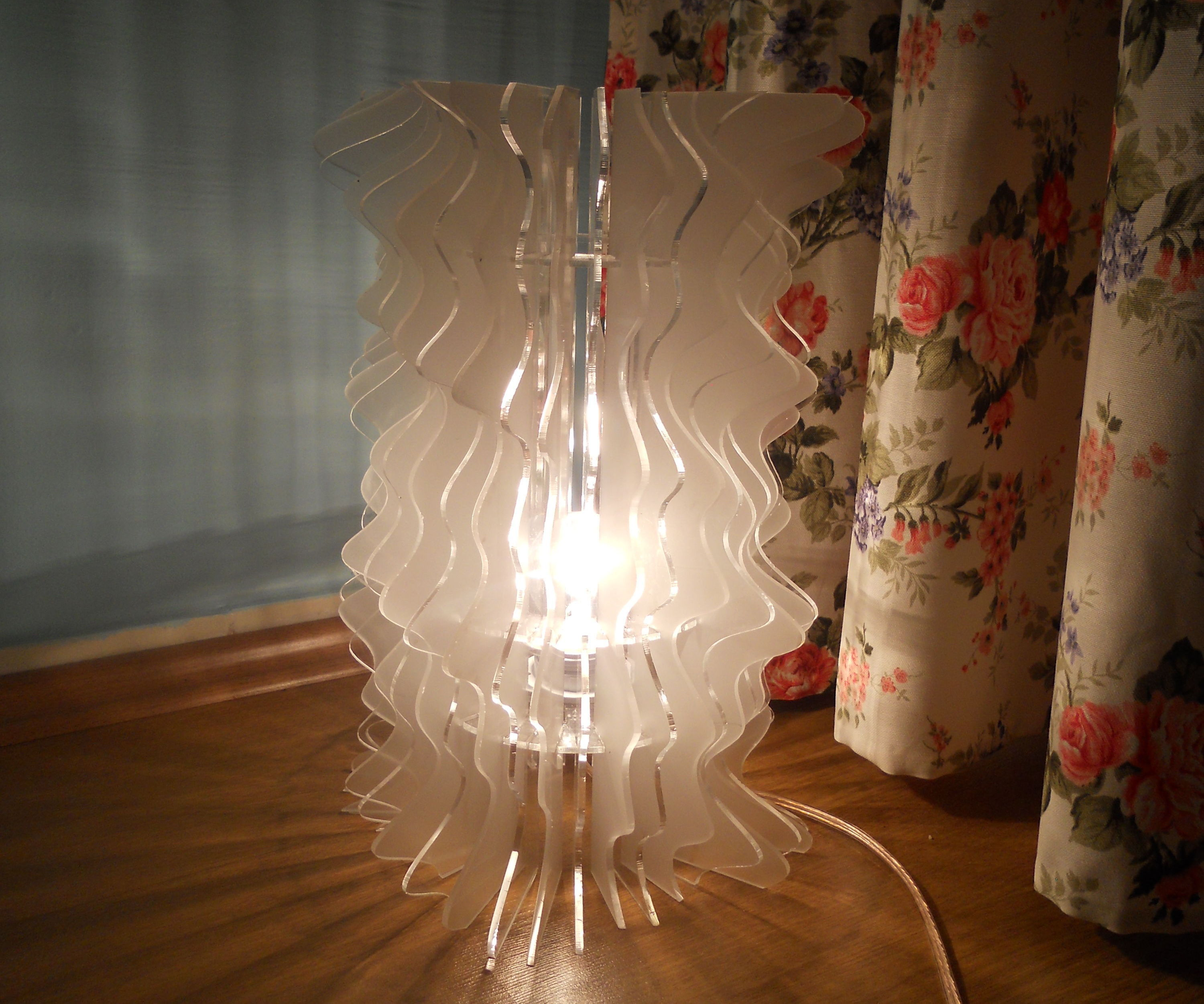Transparent Lampshade Design