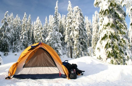 How to Keep Warm on a Winter Campout