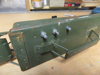 Attaching the Amp to the Ammo Box