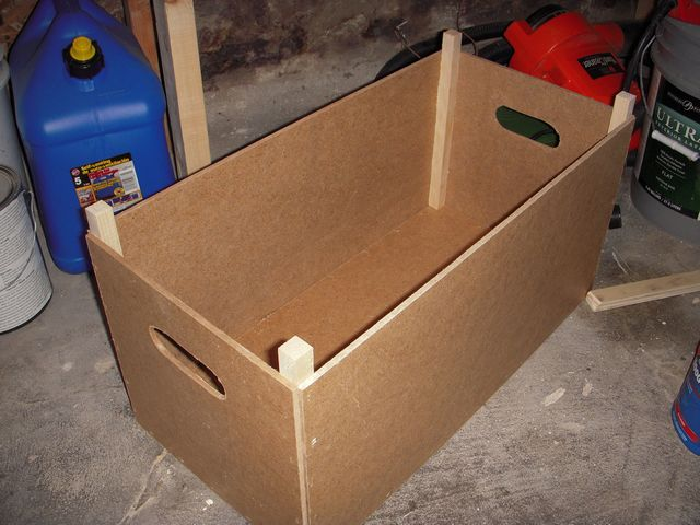 How to make a stackable wooden storage box