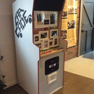 Lego Arcade Machine Phone Charging Station