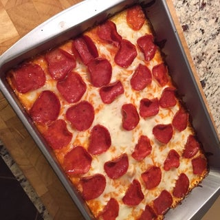 Low Carb, High Protein Pizza With Homemade Sauce
