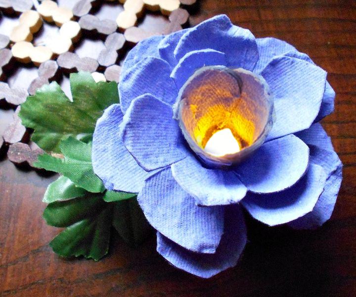 LED Tealight Flower from Egg Carton