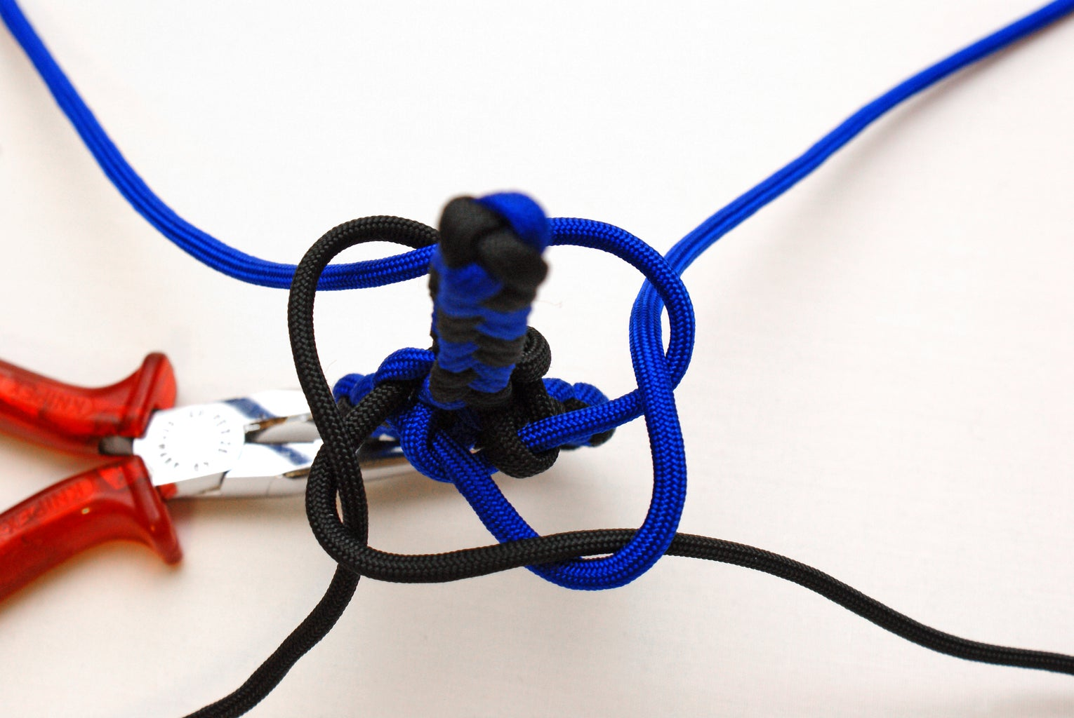 The Manrope Knot (The Square Knot / Box Knot)