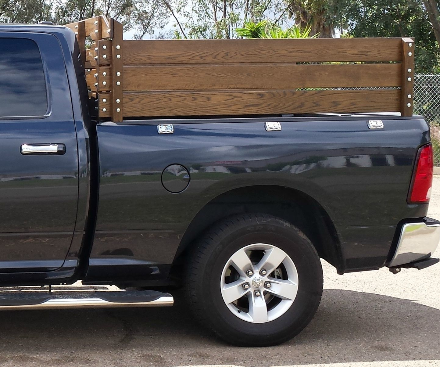 Stake Sides/Fence Sides for 2014 Dodge 1500 4x4 Pickup Truck