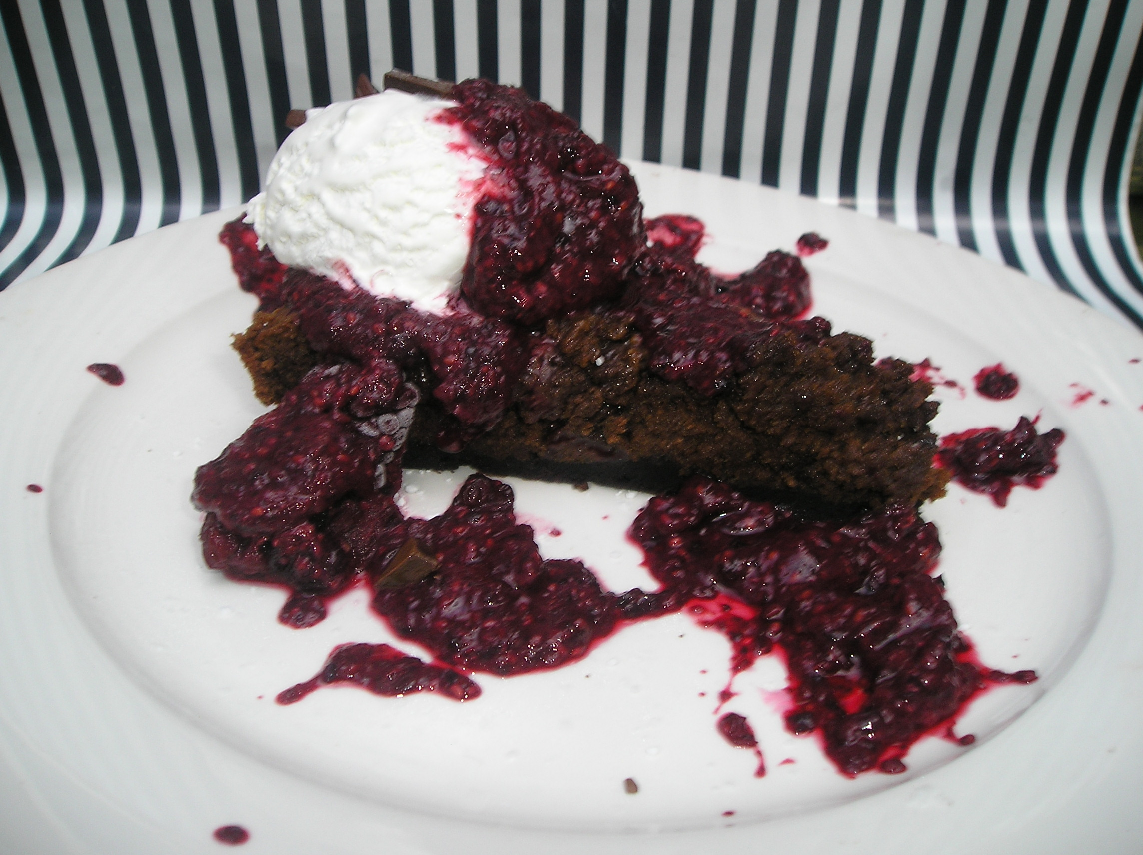 LIFE BY CHOCOLATE - LOWFAT CHOCOLATE BROWNIE PIE made with XOCAI  healthy dark chocolate, that is actually GOOD for you!