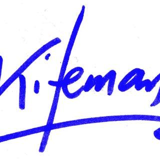 Signature002.jpg