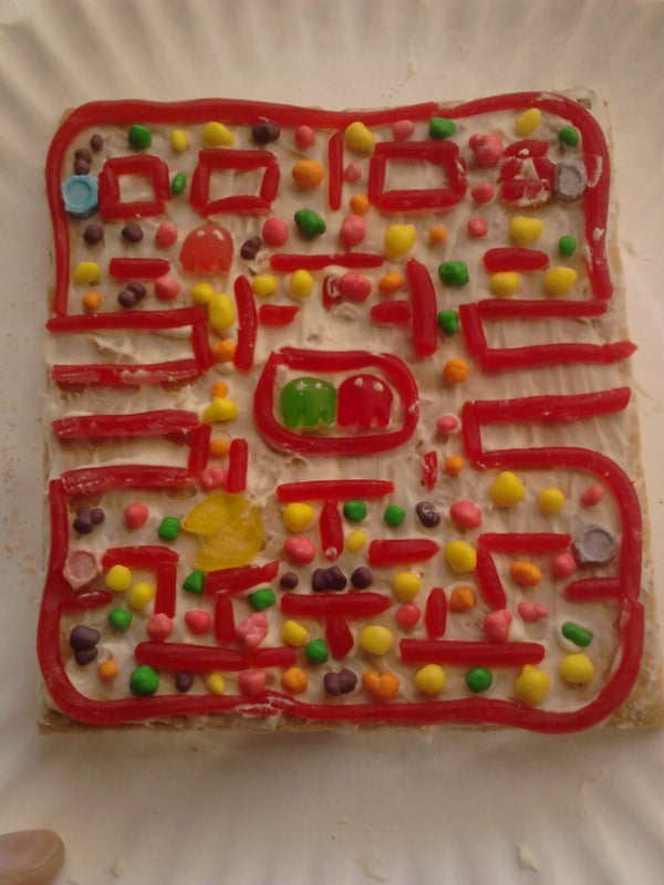 Pacman Fun Snack: Use Up That Candy