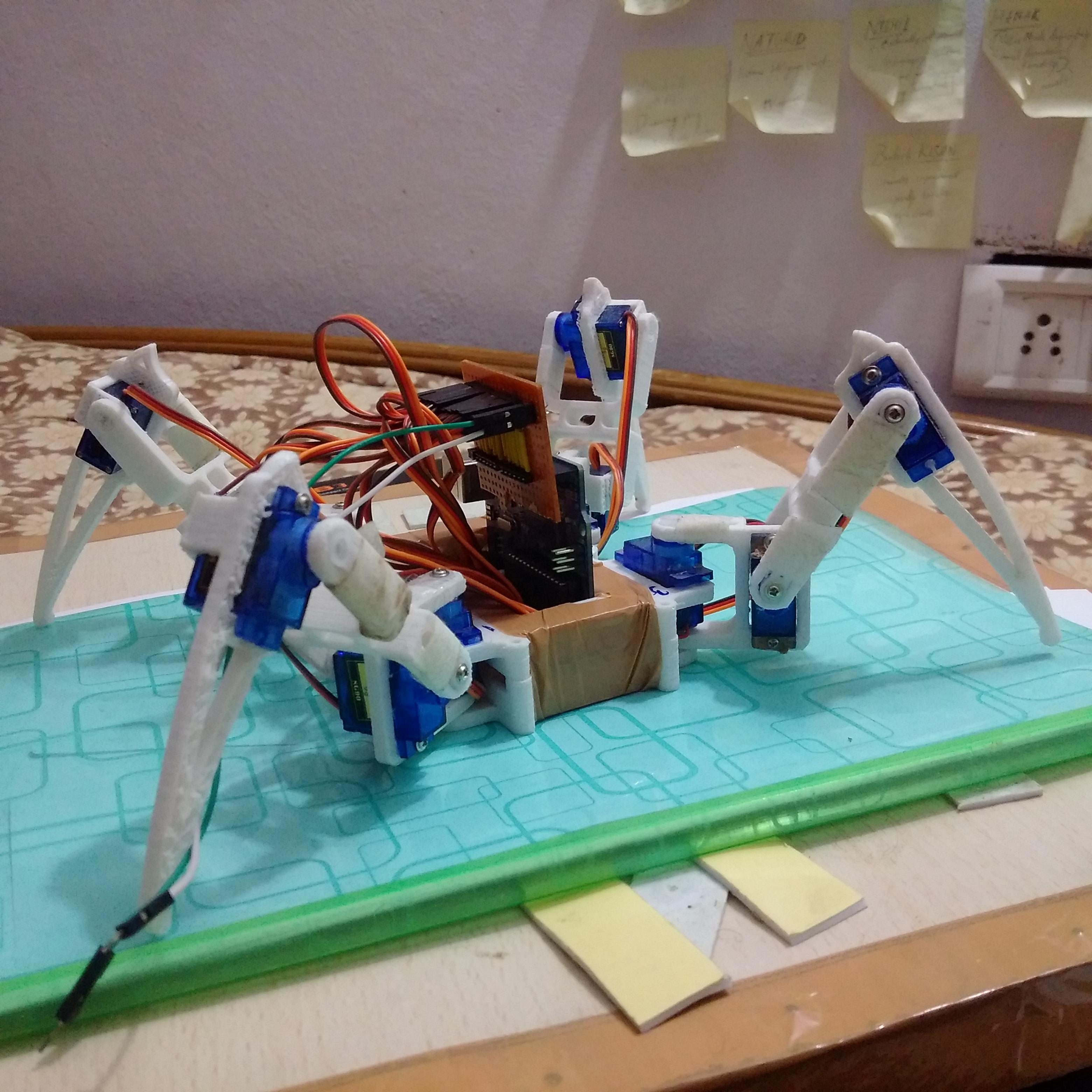 [DIY] Spider Robot(Quad Robot, Quadruped)