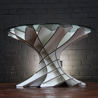 REVOLVE // a Hardware-less Coffee Table