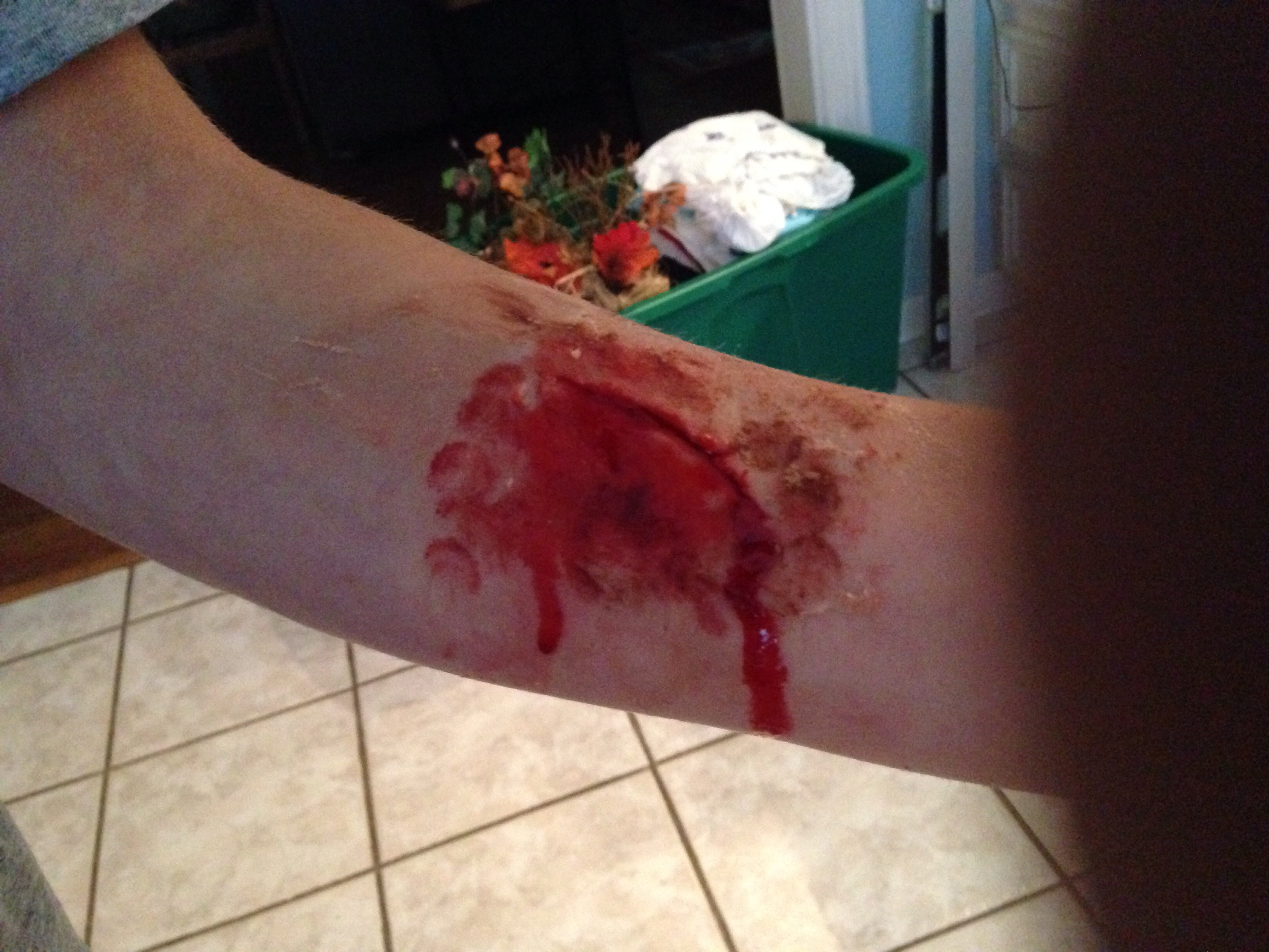 fake wounds from vaseline