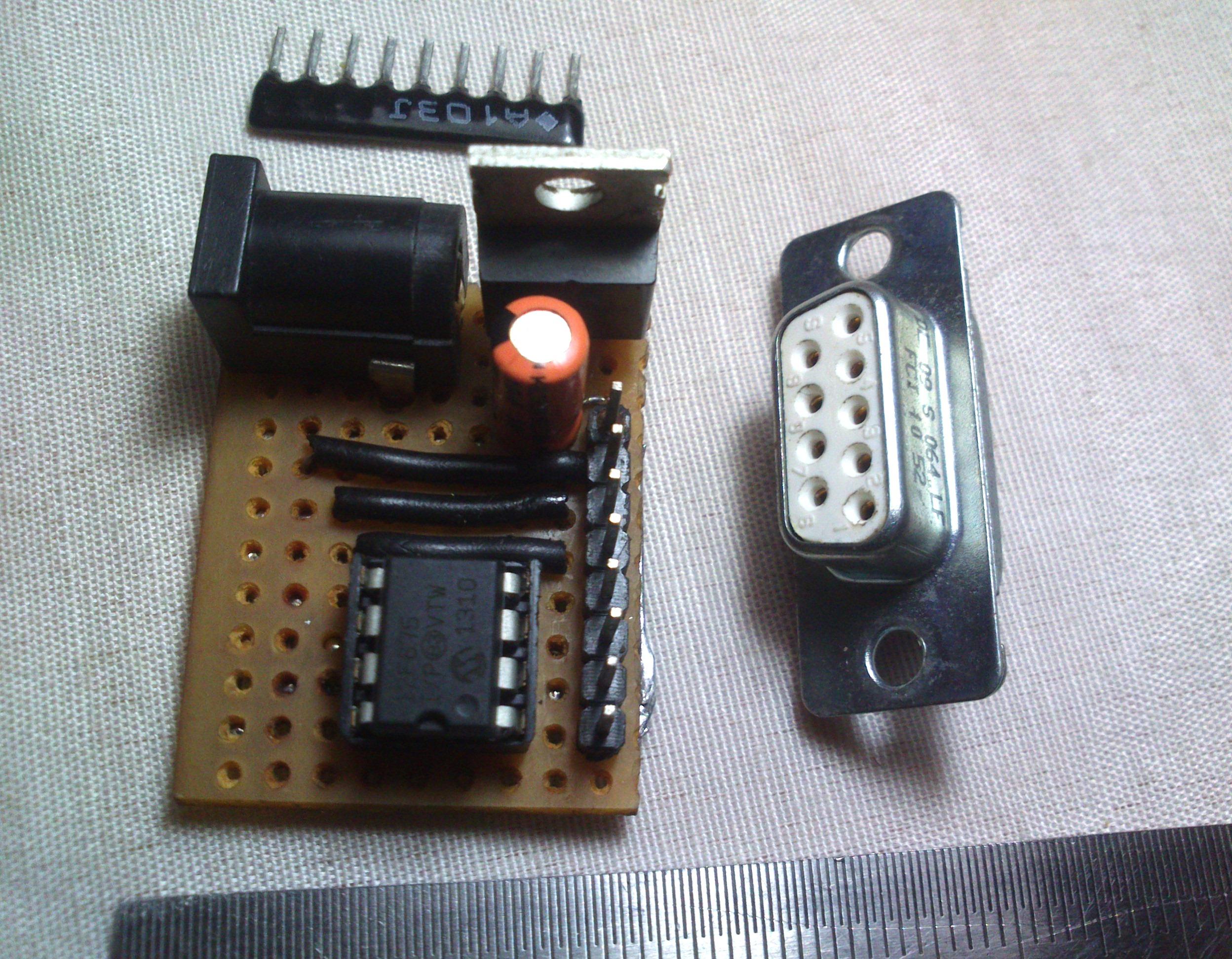 PIC12F675 development board   micro  size 3.0 cm x2.5 cm