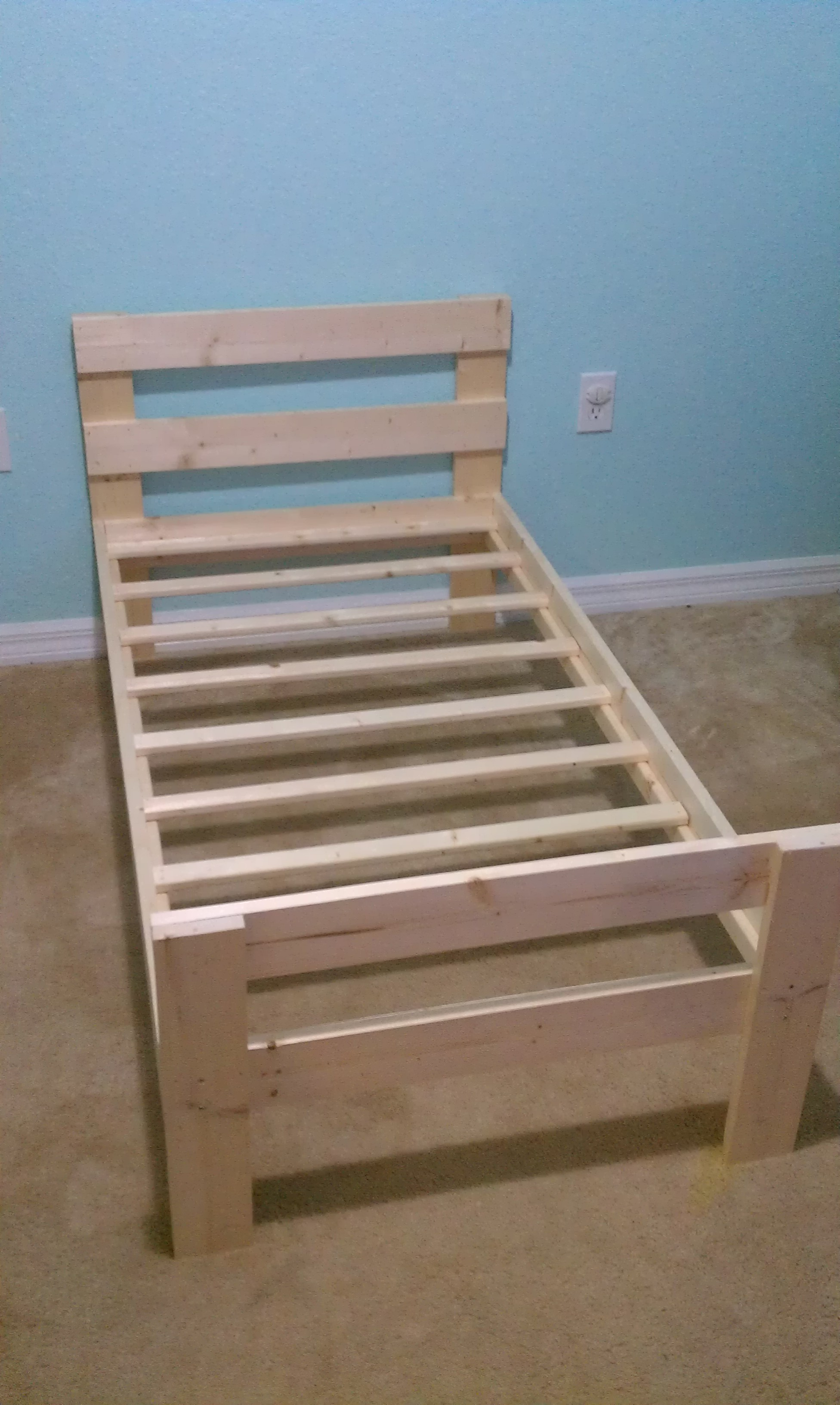 Simple Stylish Toddler Bed For Under 40 5 Steps With Pictures Instructables