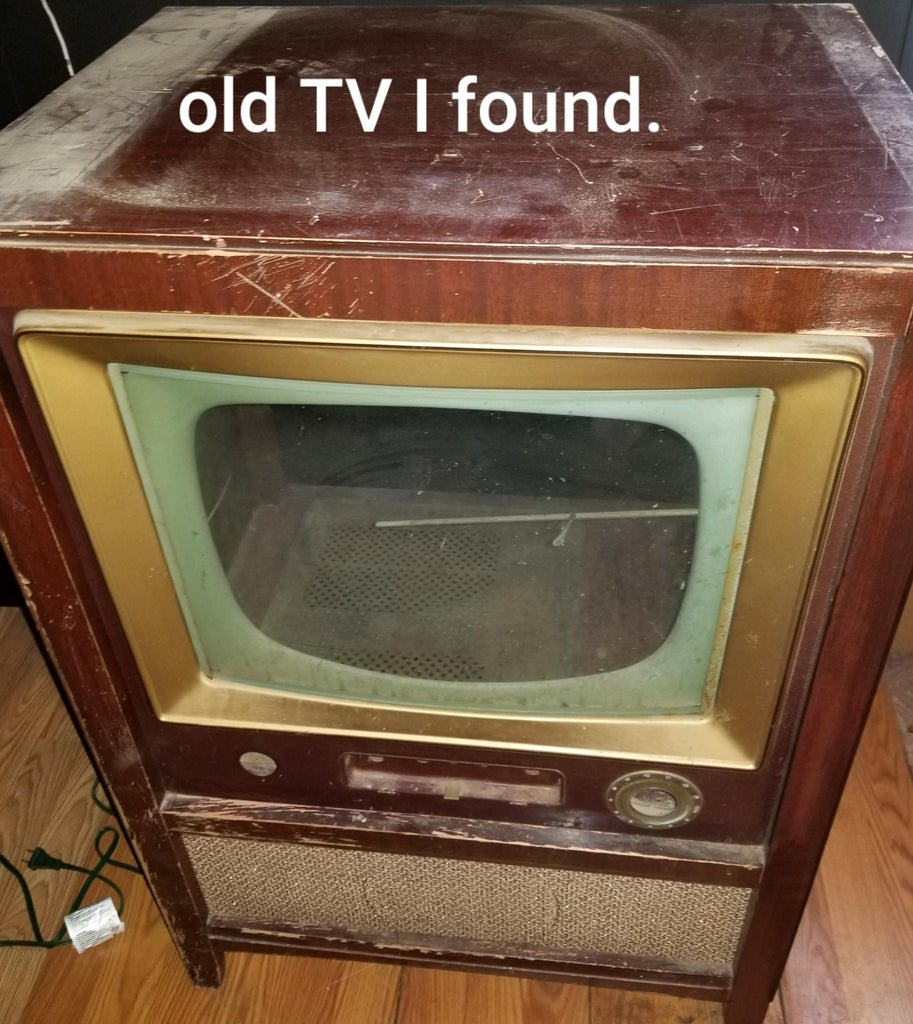 Old TV Into Fish Tank