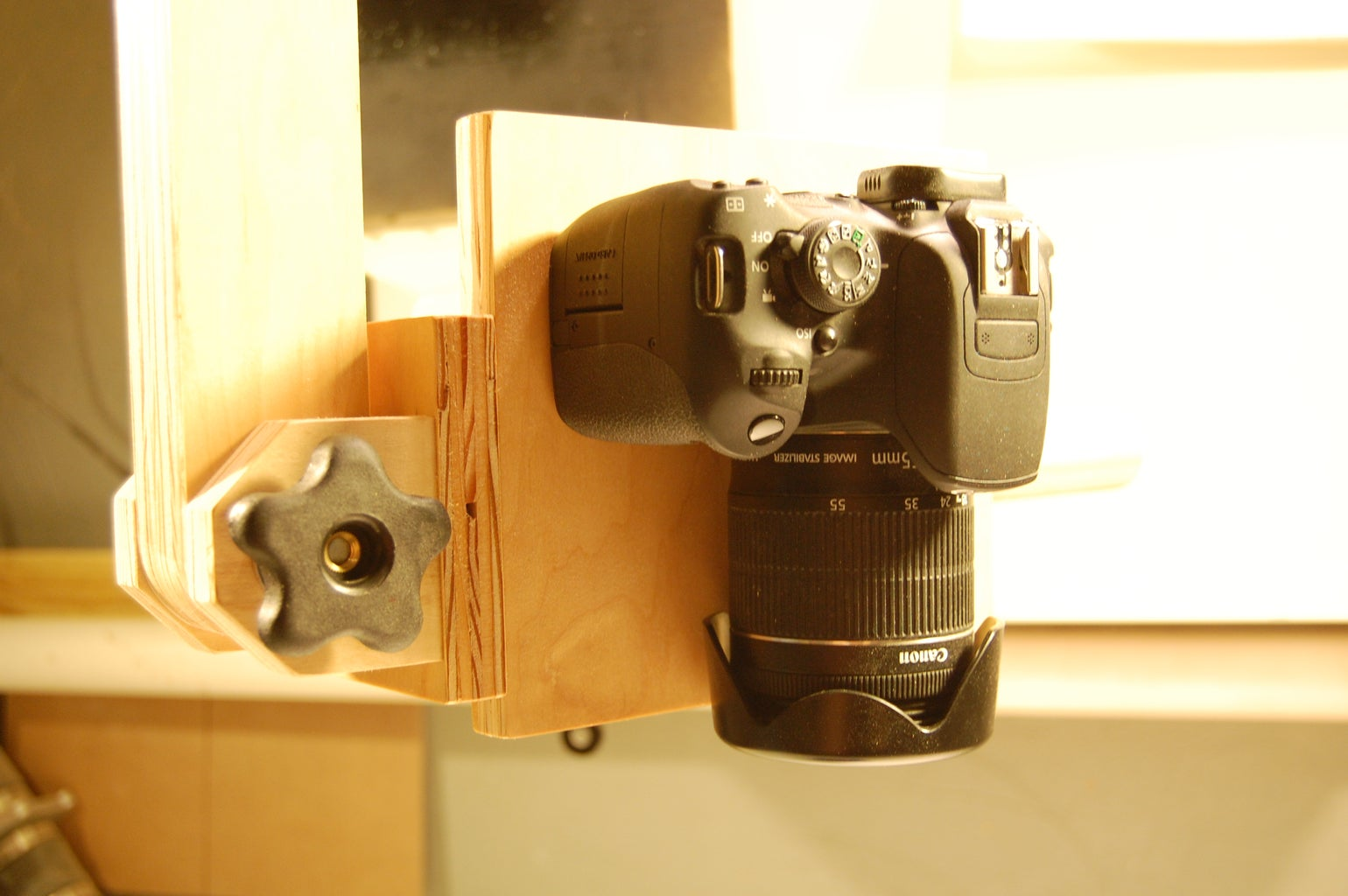 Multi-axis Camera Mount Glamour Shots