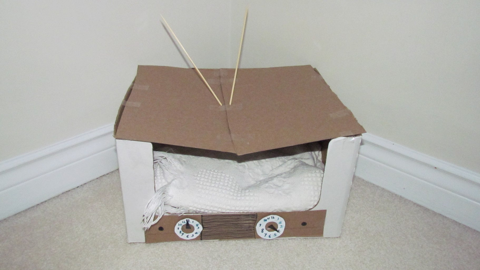 Cardboard Vintage TV Cat Bed