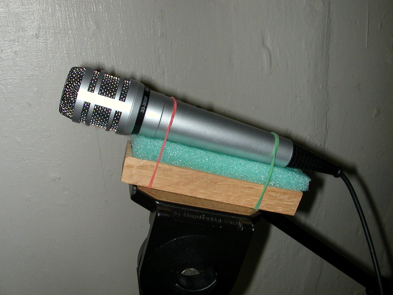 Make a Microphone Stand --With a Tripod