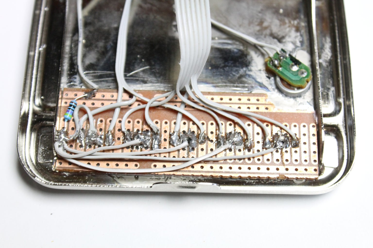 Wiring the LED's to the IC