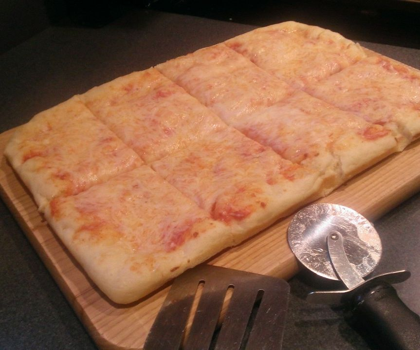 Easy One Hour Yeast to Yum Pizza