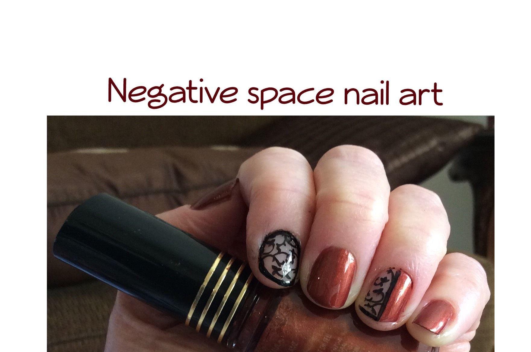 Swirly Negative Space Nail Art