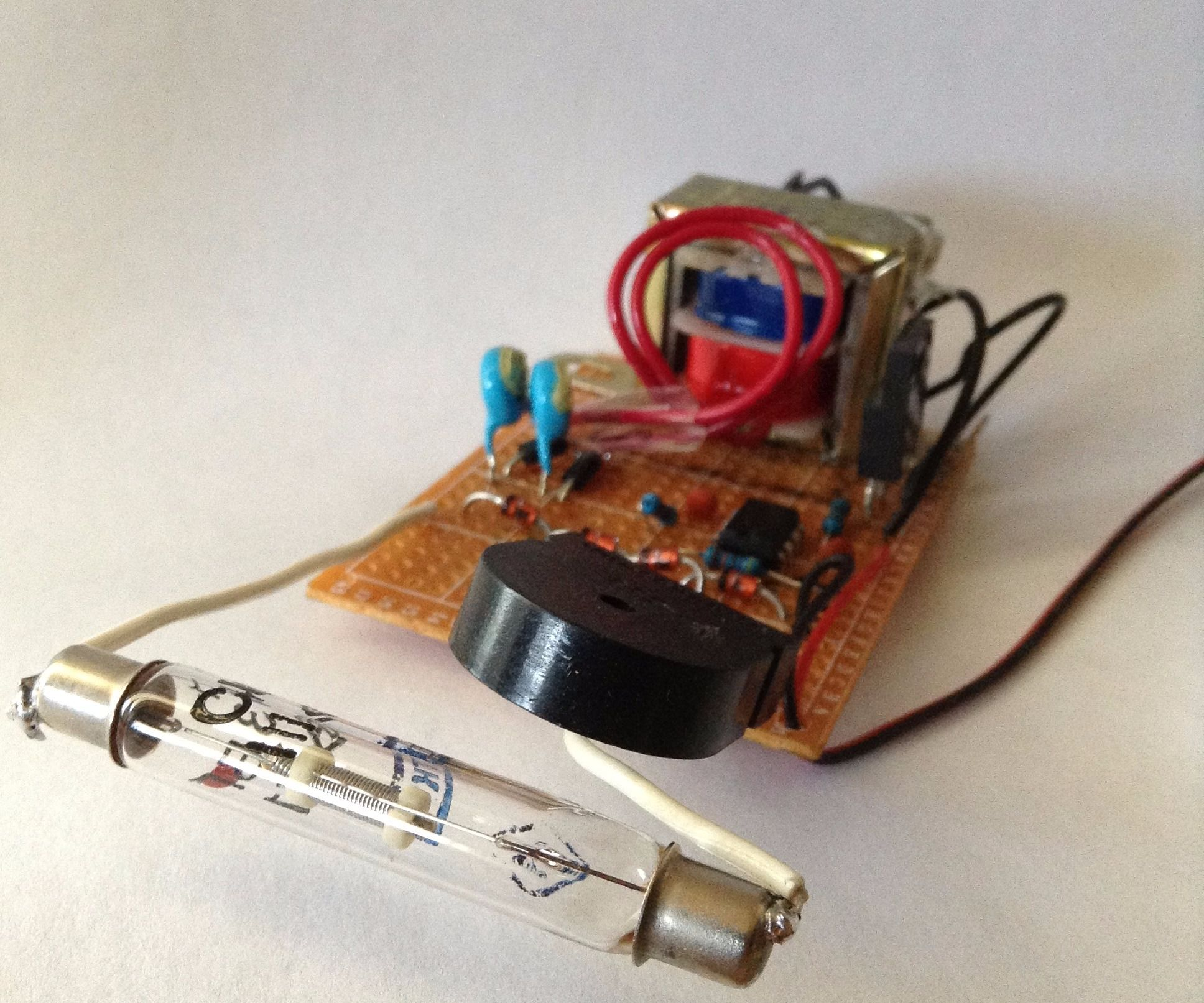 Simplest Geiger Counter