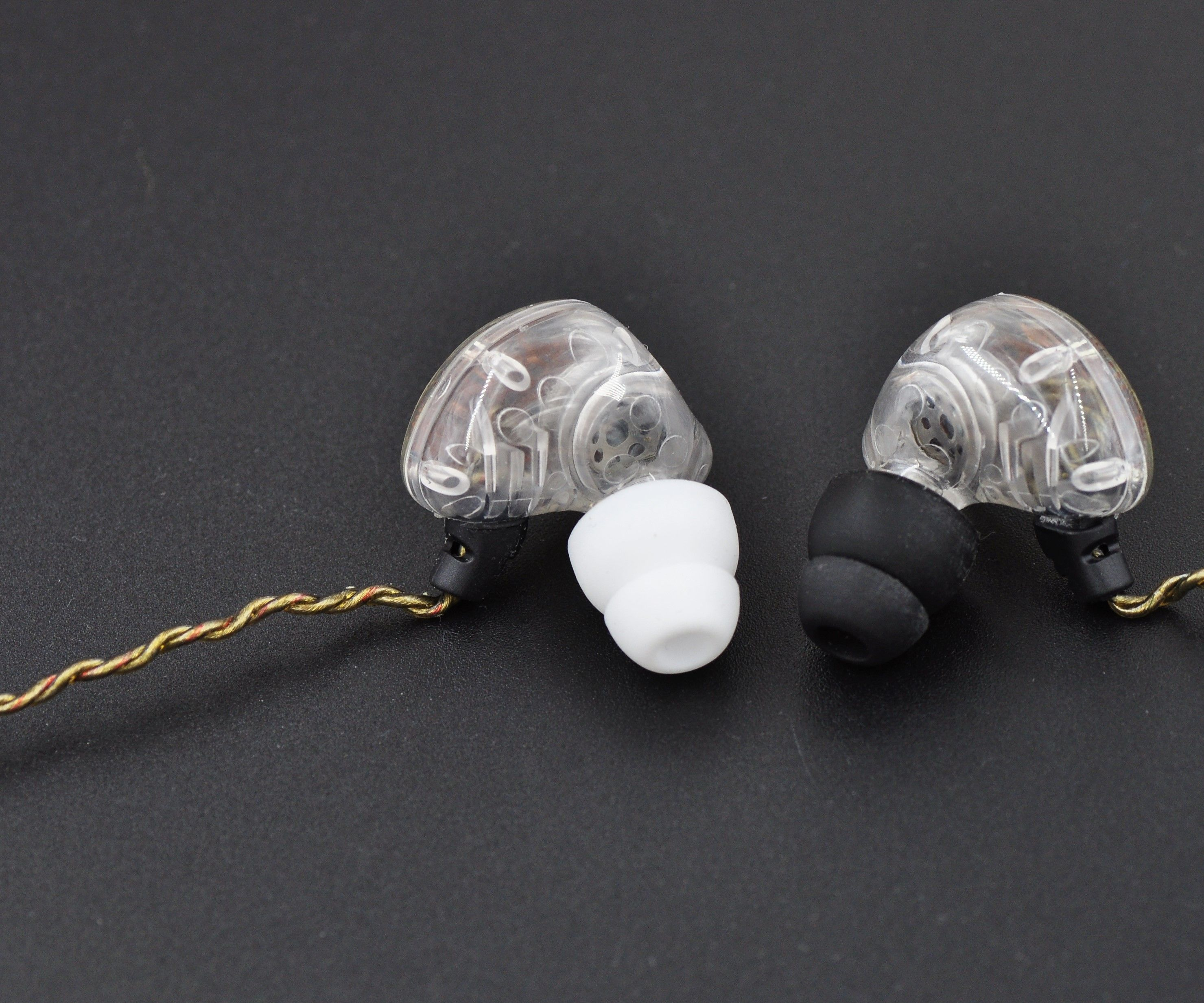 Make a Sound Isolation Earphone With Sennheiser IE80 Drivers