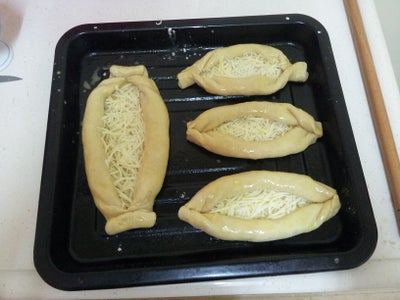 Shaping and Filling the Dough