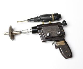 Ray Gun With Laser Sound Effects