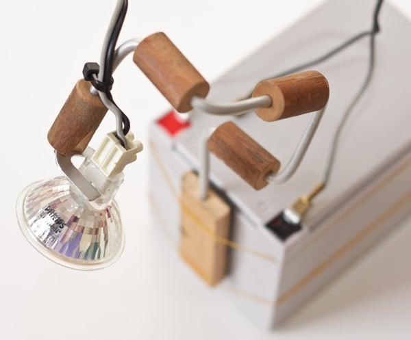 Simple Adjustable Portable Spot Light
