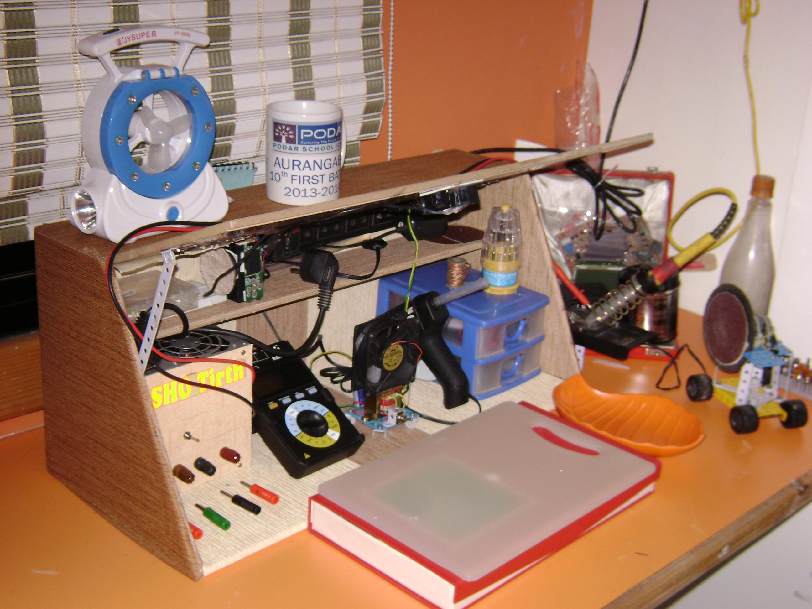 Portable Electronics Workstation / workshop