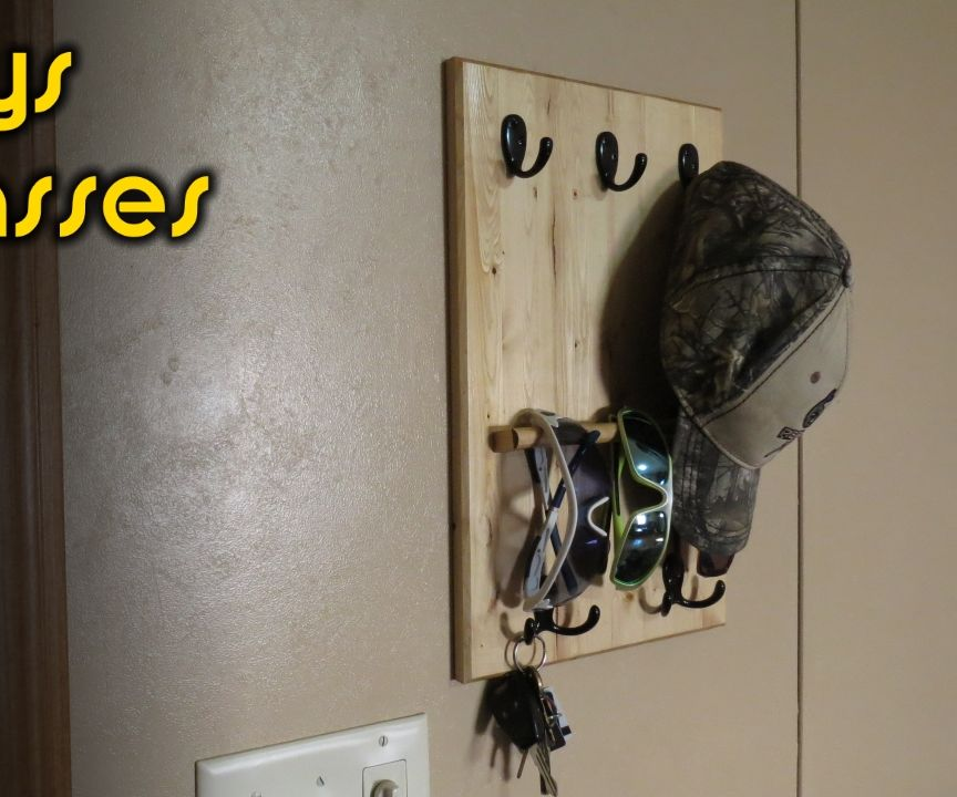 Hat, Key and Sunglasses Rack From a Piece of 2x4