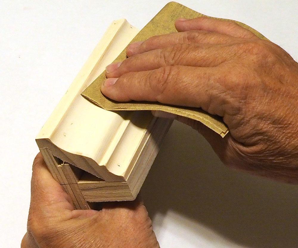 Folding Sandpaper for Longer Life