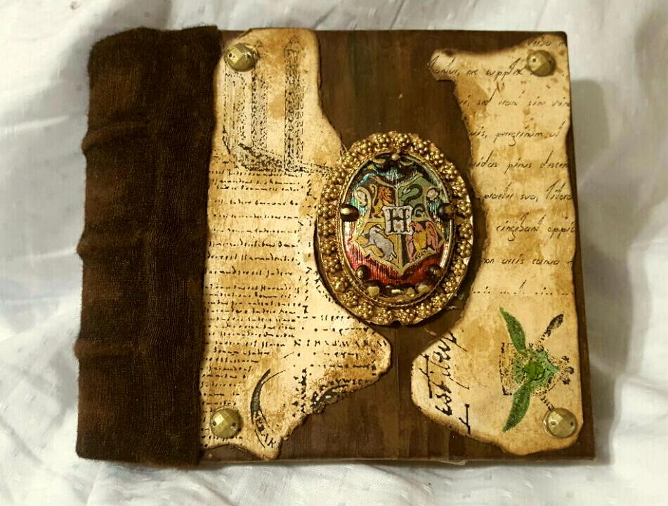 DIY Vintage Hogwarts Journal
