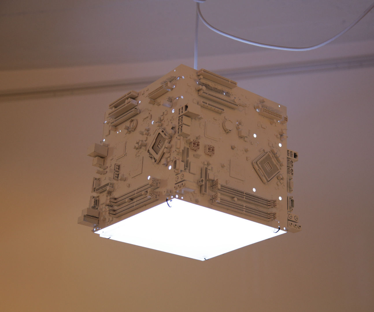 Motherboard lamp – Trash Design