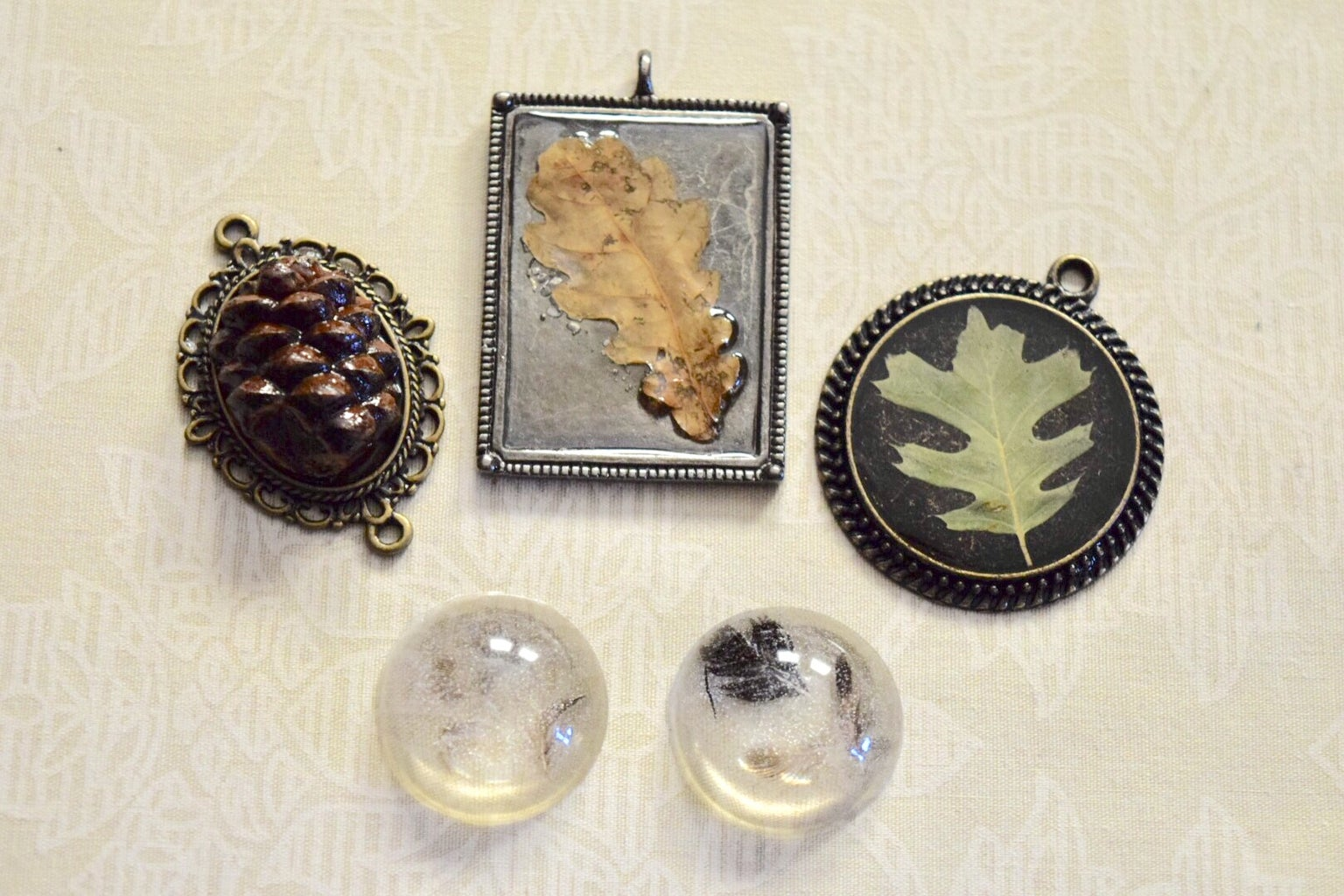 Casting Resin Cabochons, Keepsakes and Cremation Jewelry