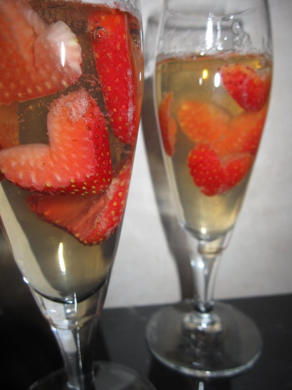Strawberries & Champagne Jello