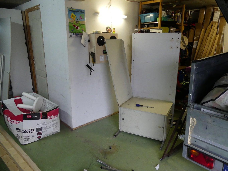 Dismantle the Old Desk