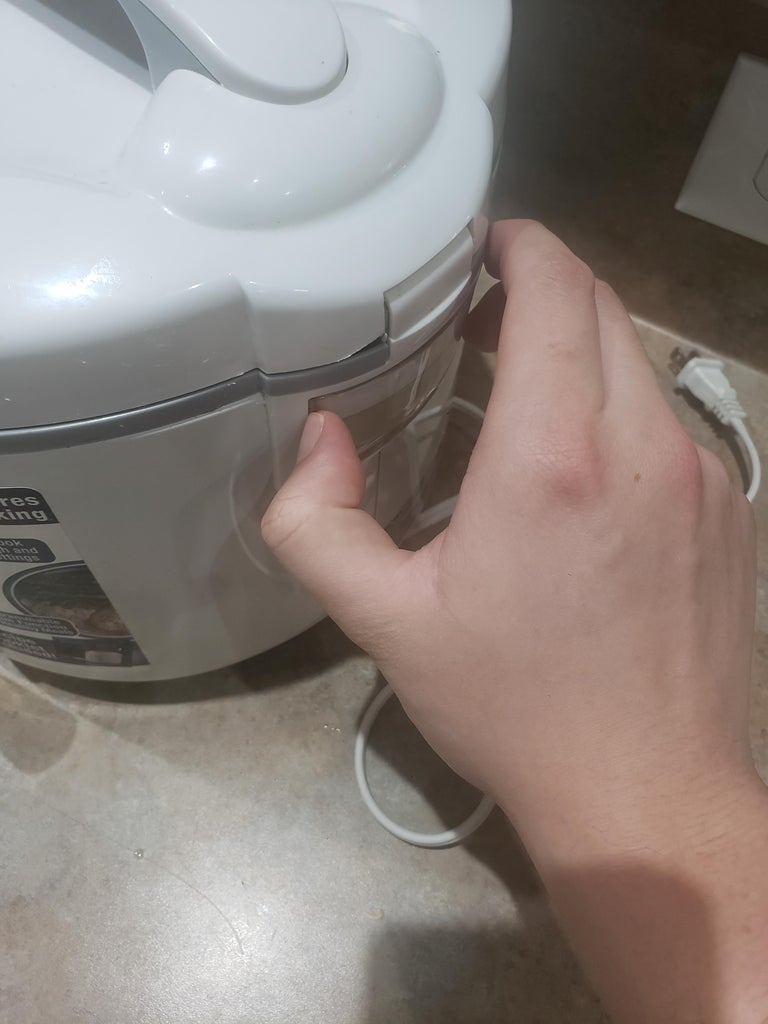 Remove Water From Water Holder