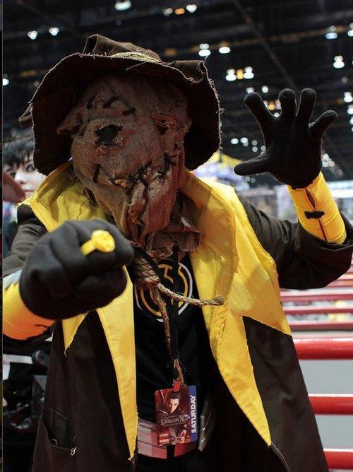 "How to make a Sinestro (Yellow Lantern) Corp. ""Scarecrow"" costume"