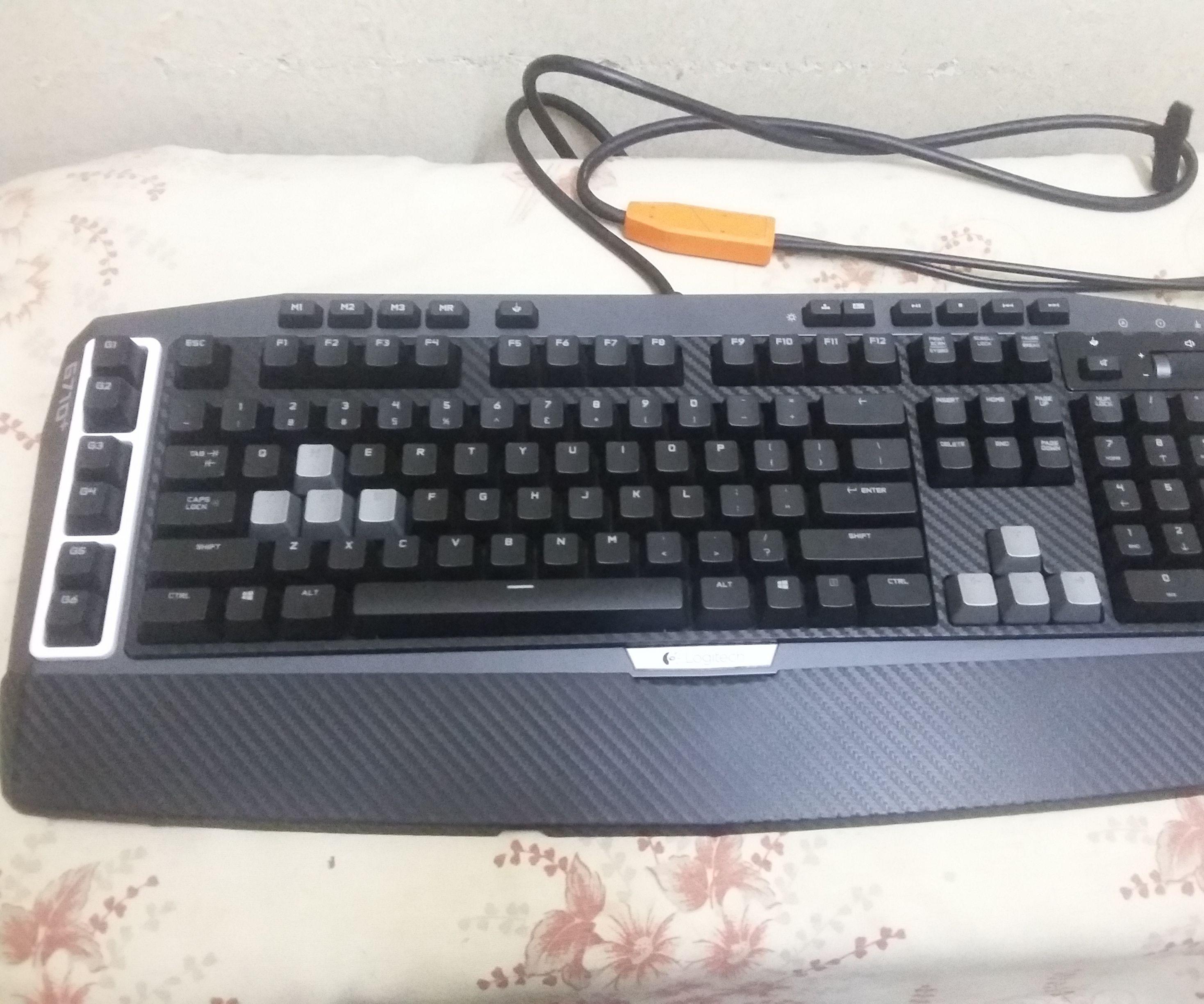 How to open a Logitech G710+ Mechanical Gaming keyboard & Modify