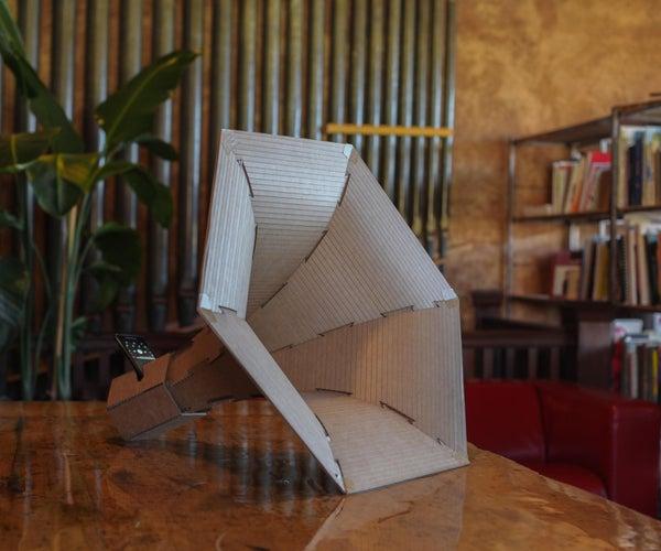 纸板喇叭放大器。