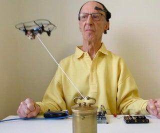 脑波使无人机飞行
