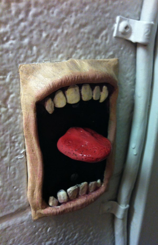 Screaming Switch Plate